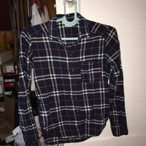 HOLLISTER FLANNEL SIZE XS